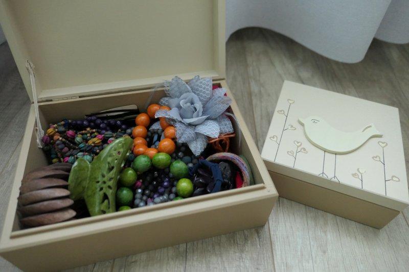 wnętrze pudełek