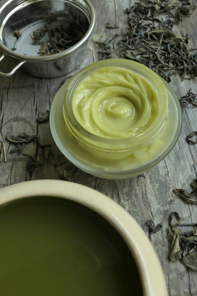 przeciwstarzeniowy krem z zieloną herbatą na noc