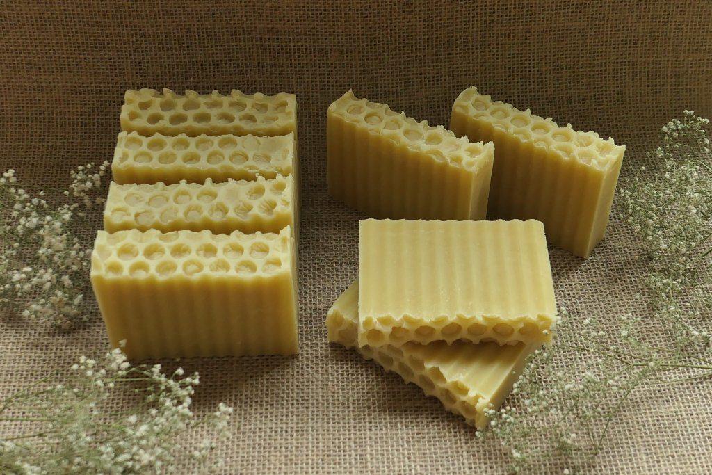 mydło sodowe z woskiem pszczelim