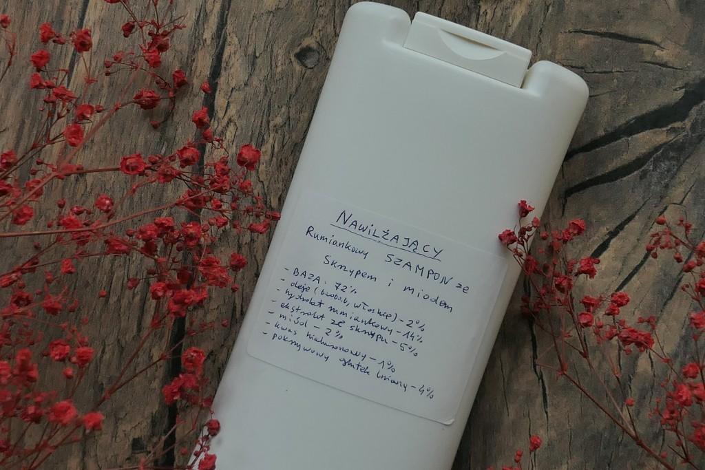 nawilżający szampon z miodem i skrzypem z gotowej bazy