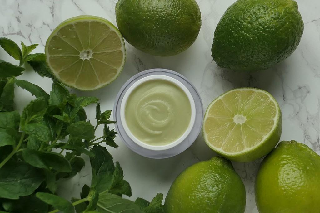 zielony limetkowo miętowy dezodorant