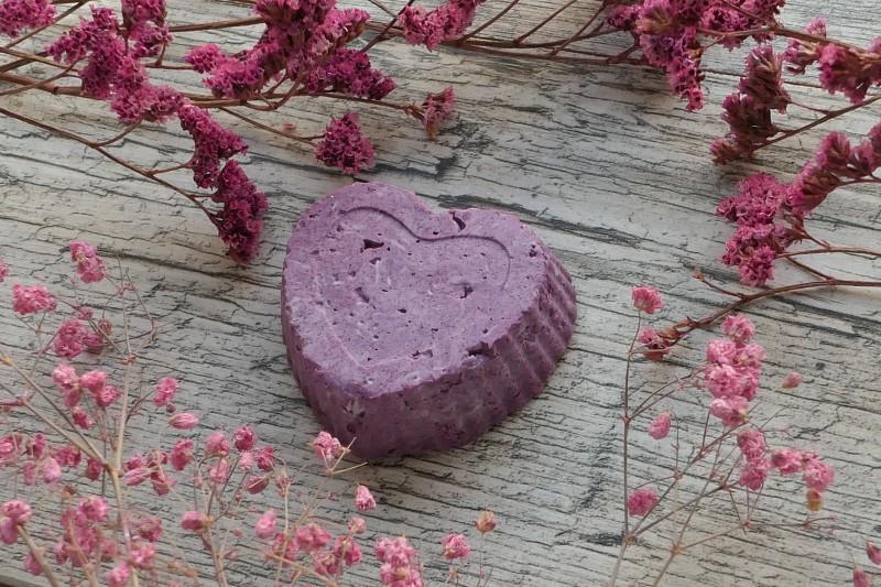 szampon barwiony fioletową glinką